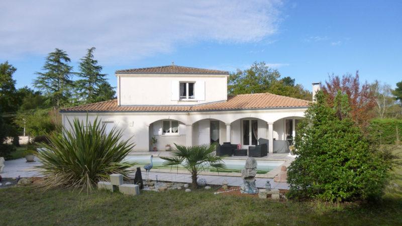 Maison St Aubin de Médoc avec piscine